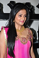 priyamani-latest-new-hot-stills-005