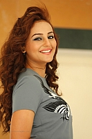 seerat-kapoor-hot-and-spicy-pics-08