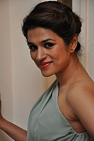 shraddha-das-hot-and-spicy-pics-09